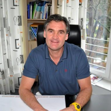 Dr. med. Dirk Schmiedeknecht